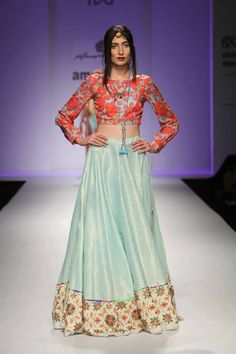 4e6389e75152b0 Color combo Indian Fashion Modern