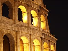 Stunning #Colosseum by night  #Experience #Roma #ToursOfRome www.romaexperience.com