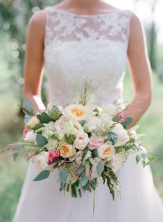 Rustic, chic, country wedding in Italy! #TheTuscanWedding #Wedding #Flowers #Bouquet