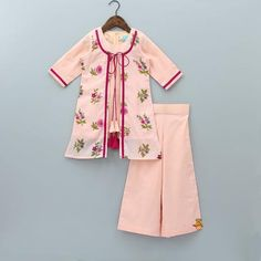 Shop online for Indian Ethnic wear for your baby, toddler or child. Choose from a range of modern or traditional, vibrant and colourful outfits. We also customise Indian Ethnic Wear. Baby Girl Dress Design, Girls Frock Design, Fancy Dress Design, Girls Dresses Sewing, Stylish Dresses For Girls, Little Girl Dresses, Baby Frocks Designs, Kids Frocks Design, Cotton Frocks For Kids