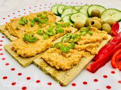 Zdravá veganská pomazánka Avocado Toast, Hummus, Breakfast, Ethnic Recipes, Desserts, Food, Recipies, Morning Coffee, Tailgate Desserts