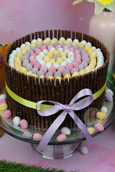 Chocolate Easter Cake, Easter Egg Cake, Chocolate Fudge Cake, Chocolate Buttercream, Delicious Chocolate, Buttercream Frosting, Janes Patisserie, Desserts Ostern, Ganache Cake