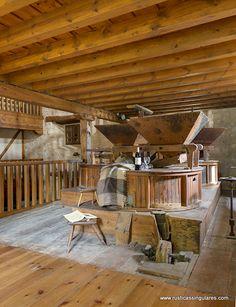Es un lujo encontrar la maquinara original del molino en perfecto estado de conservación