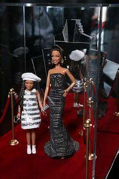 Jada Pinkett and Willow Smith Dream Halloween doll by pattidolls, Barbie Celebrity, Diva Dolls, African American Dolls, Poppy Parker, Halloween Doll, Black Barbie, Barbie Collector, Barbie Friends, Barbie World