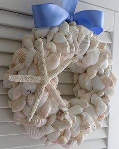 Seashell wreath tutorial. @Carrie Klein this would be cute for your seashell theme.
