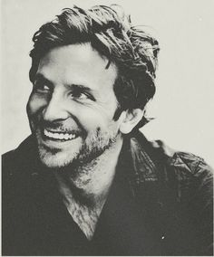 Bradley Cooper you have the sexiest smile.