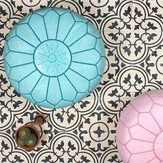A Bohemian Life : Photo Moroccan Theme, Modern Moroccan, Moroccan Pouf, Moroccan Design, Moroccan Style, Modern Bohemian, Furniture Styles, Cool Furniture, Color Of Life