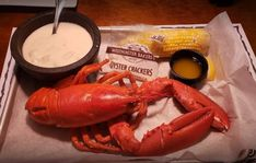 Blueberry Wine, Blueberry Ice Cream, Best Seafood Restaurant, Restaurant Bar, Bar Harbor Maine Restaurants, Live Maine Lobster, Lobster Pound, Fish Sandwich, Clam Chowder