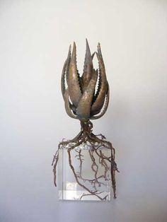 'Aloe succotrina' by South African sculptor & art jeweler Nic Bladen. South African Artists, The Dark Crystal, Vases, Objet D'art, African Design, Metal Art, Decorative Accessories, Sculpture Art, Sculpting