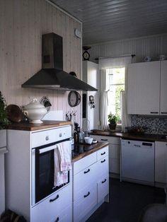 Maalaisromanttinen keittiö, Etuovi.com Asunnot, 55968ad6e4b0c08a25632528 - Etuovi.com Sisustus