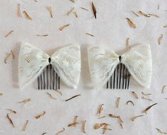 Butterfly Bow - set of 2 lace bow hair combs, ivory color, bridesmaid comb