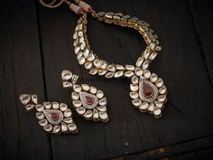 White polki necklace set from Kushal fashion jewellery.