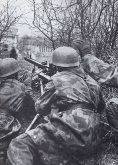 Fallschirmjäger on the defensive in Germany during the winter of 44/45 as the…