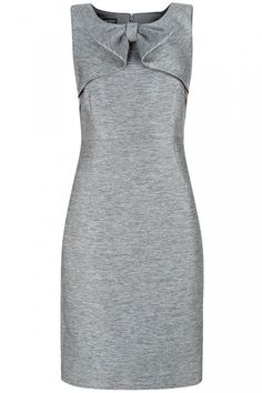 Party Dresses: High Street & Designer Dresses To Hit The Dance Floor In You don & # t have to break the bank to find a show-stopping frock. Wow in one of these amazing dresses for under £ 100 … Simple Dresses, Cute Dresses, Beautiful Dresses, Casual Dresses, Fashion Dresses, Dresses For Work, Amazing Dresses, Best Party Dresses, Mode Vintage