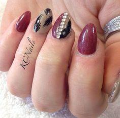 red almond nail designs - Recherche Google