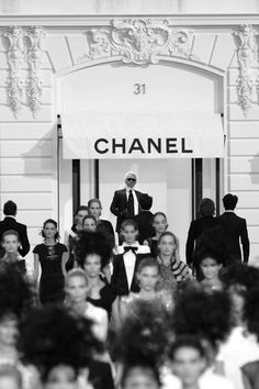 Paris Fashion Week - Chanel Spring/Summer 2009 Fashion Show