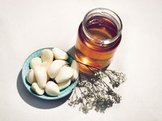 Honig und Knoblauch - wie das zusammenpasst und wie es zur Gesundheit beiträgt erfahrt ihr auf unserem Blog.