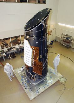 NASA Kepler telescope broken, no more planet exploration Earth And Space Science, Earth From Space, Science And Nature, Space Telescope, Space Shuttle, Nasa Iss, Next Generation Science Standards, Planetary Science, Space Images