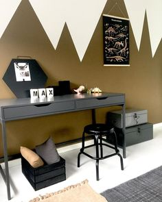 ✔️ Amazing Cool Bedroom Ideas For Teenage Guys Small Rooms 38 Boys Bedroom Decor, Trendy Bedroom, Bedroom Ideas, Boys Desk, Teenage Room, Teenage Guys, Room Setup, Teen Girl Bedrooms, Awesome Bedrooms