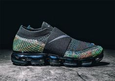 Nike's popular Air Vapormax model is getting its first makeover. You can add this laceless multi-colored edition to your list of must-have… Men's Shoes, Nike Shoes, Shoes Sneakers, Dance Shoes, Shoes 2017, Shoes Men, Sneakers Sketch, Tiffany Blue Nikes, Nike Outfits