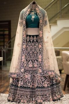 Bridal Lehenga Online, Indian Bridal Lehenga, Indian Gowns, Buy Lehenga Online, Indian Bridal Outfits, Indian Designer Outfits, Pakistani Outfits, Bridal Lehngas, Wedding Lenghas