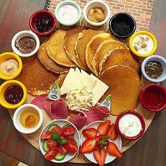 Pancake Kahvaltı Tabağı - Agapia Cafe & Restaurant / İstanbul - Kadıköy  Telefon 0 216 418 3636  Fiyat : 25 TL / 1 Kişilik