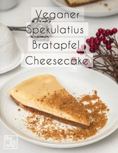 Vegan Speculoos Baked Apple Cheesecake // Recipe by The e .- Veganer Spekulatius Bratapfel Cheesecake // Rezept von The e/c way Vegan Speculaas Baked Apple Cheesecake - Baked Apple Cheesecake Recipe, Vegan Cheesecake, Cheesecake Recipes, Cinnamon Cheesecake, Classic Cheesecake, Homemade Cheesecake, Cheesecake Desserts, Homemade Desserts, Snack Recipes