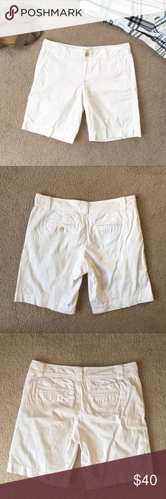 Lilly Pulitzer white Bermuda shorts size 8 Lilly Pulitzer white Bermuda  shorts - the perfect summer 954a353fe0d