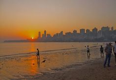 If you are visiting Mumbai for the first time then here are some of the best tourist places in Mumbai you must visit. From Chhatrapati Shivaji Terminus to Chowpatty and Nehru Science centre, there are many places you can visit while in Mumbai.