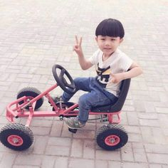 Exceptional custom bikes images are offered on our site. Check it out and you wont be sorry you did. Kids Go Cart, Go Kart Parts, Bike Cart, Kids Wagon, Drift Trike, Pvc Projects, Bike Trailer, Wooden Car, Kids Play Area