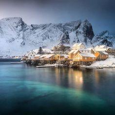 Beautiful rorbuer at Sakrisoy island, near the Reine village in northern Norway. Danielkordan.com #Lofoten #Norway #Reine