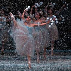 "Indiana Woodward, ""The Nutcracker"" choreography by George Balanchine, New York City Ballet (2013) - Photographer Andrea Mohin"