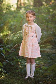 Josie Jumper, designed by me and distributed by Violette Field Threads, layered over the Belle Blouse, also designed by me. Sewn in Art Gallery Hello Ollie fabrics. Kids Clothes Patterns, Clothing Patterns, Dress Patterns, School Dress Code, Girly Girl Outfits, Vintage Kids Clothes, Cute Poses, Jumper Dress, Diy Clothing
