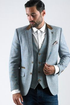 3b0282911f00 Marc Darcy offers men's blazers in a variety of styles, including tweed,  velvet and slim fit, in black, blue and other colours.