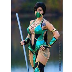 Jade from Mortal Kombat Latex Cosplay, Cosplay Armor, Epic Cosplay, Cosplay Girls, Best Cosplay Ever, Superhero Cosplay, Cosplay Characters, Sexy Halloween Costumes, Sexy Cartoons