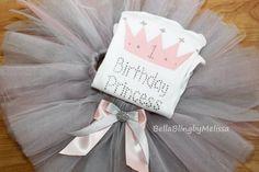Ensemble de bébé fille anniversaire par BellaBlingbyMelissa sur Etsy
