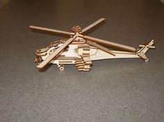 Pequeño Apache helicóptero modelo madera por MLSLaserEngraving