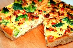 Kyllingetærte med bacon og broccoli http://randiplusmad.dk/taerte-opskrift-2/