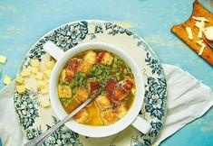 Poctivá česnečka: Jednoduchá polévka, která zahřeje i zasytí! Chana Masala, Ramen, Ethnic Recipes, Food, Essen, Meals, Yemek, Eten