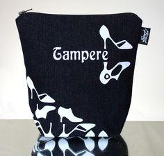 CityChic -meikkilaukku // CityChic make-up bag (Design by Pisama Design) Bag Design, Drink Sleeves, Make Up, Bags, Handbags, Totes, Makeup, Hand Bags, Maquiagem