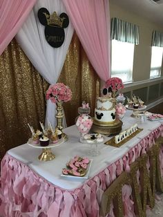 Princess Minnie Birthday Party | CatchMyParty.com