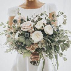 20 Elegant Neutral Wedding Bouquets Ideas for 2020 Trends - EmmaLovesWeddings - Wedding Colors Wedding Ceremony, Our Wedding, Dream Wedding, Wedding Venues, Luxury Wedding, Rustic Wedding, Destination Wedding, Wedding Greenery, Wedding Week