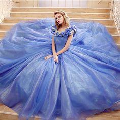 Cinderella Prinzessin Ballkleid in Hell Blau
