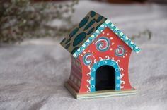 Playful and Unique Hand Painted Birdhouse by BirdhousesByRobin