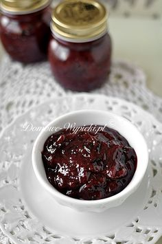 The plum jam can be prepared both on the stove and in the oven. If the plums are sweet enough, you don't need to add sugar. Unfortunately, from 1 kg Healthy Eating Tips, Healthy Nutrition, Healthy Cooking, Cooking Tips, Cooking Recipes, Plum Jam, Fruit Preserves, Vegetable Drinks, Food Menu