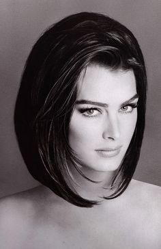 Brooke Shields by Francesco Scavullo 1991 (his time to shoot Brooke was at 9 months old, and contitued as she grew into a beautiful woman) Timeless Beauty, Classic Beauty, Most Beautiful Women, Beautiful People, Beautiful Eyes, Short Hair Cuts, Short Hair Styles, Francesco Scavullo, Corte Y Color