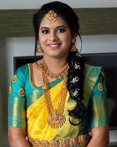 Image may contain: one or more people Wedding Saree Blouse Designs, Half Saree Designs, Pattu Saree Blouse Designs, Fancy Blouse Designs, Saree Hairstyles, Indian Wedding Hairstyles, Indian Bridal Sarees, Wedding Sarees, Wedding Saree Collection