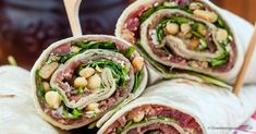 An easy, healthy lunch or dinner recipe idea: 15 Minute Avocado Caprese Chicken Wraps are loaded with balsamic vinaigrette marinated chicken & veggies! Homemade Dinner Rolls, Easy Dinner Recipes, Easy Meals, Wrap Recipes, Dinner Ideas, Chicken Wraps, Clean Eating, Healthy Eating, Dinner Healthy