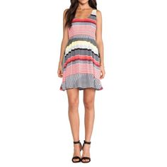 BB Dakota Shelton dress Shelton dress by BB Dakota in stripe pattern • zipper closure in the back • fully lined • no size tag, fits size S BB Dakota Dresses