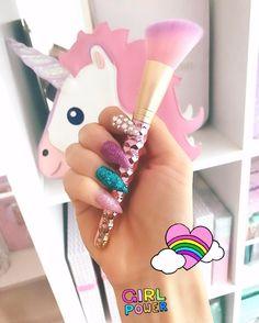 Dreaming of pastel prettiness! Glam Beauty Brushes & Glam Brush Books✨ YouTube Channel➡SLMissGlam info@slmissglambeauty.com GLAM SHOP⬇